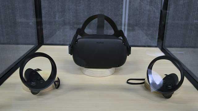 kính thực tế ảo Oculus Quest